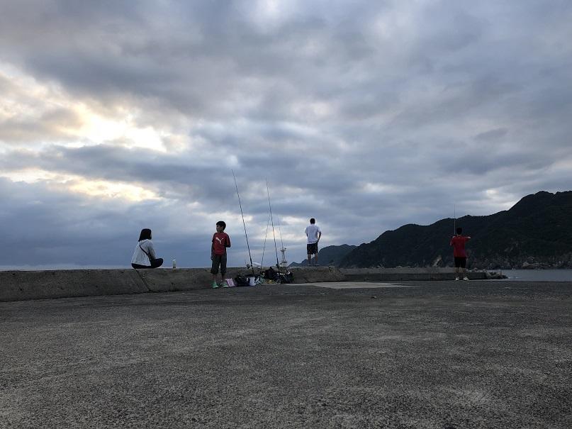 釣りファミ 釣り 家族 ファミリー 浜坂 赤灯台