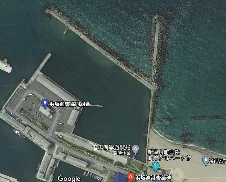 浜坂漁港・白灯台(兵庫・浜坂)の釣り場情報 釣りポイント