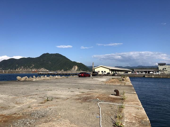 釣りファミ 釣り場情報 浜坂漁港 常夜灯