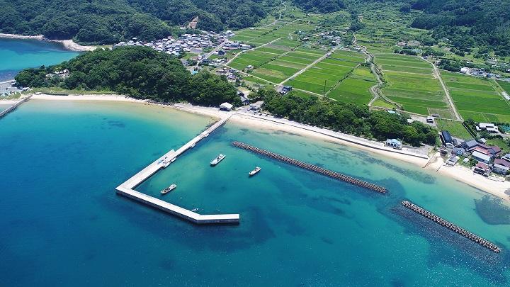 小橋漁港(京都・舞鶴)の釣り場情報 竜宮浜海水浴場